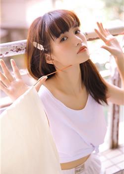 日本校园清纯美女软妹纸高清私房诱人写真图片