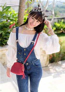日本肥臀淑女学生制服下丰满乳房成熟玉体户外美女套图