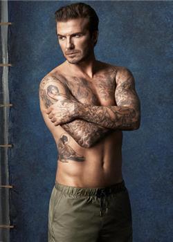 欧美帅哥大卫·贝克汉姆泳装广告写真