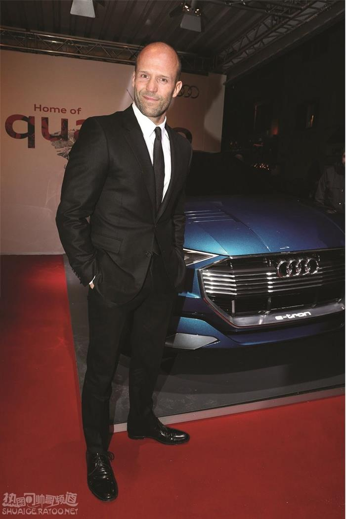 好莱坞最健美男星杰森斯坦森车展活动现场图片