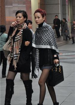 街拍性感美女高跟美腿情趣黑丝火辣好身材艺术照