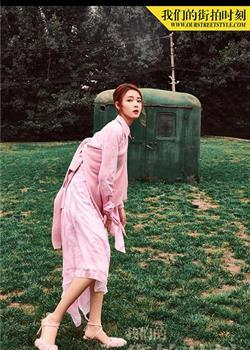 陈瑶粉色时装大片 甜美俏皮中透露着时髦范儿