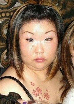 奇丑无比的妹子图片