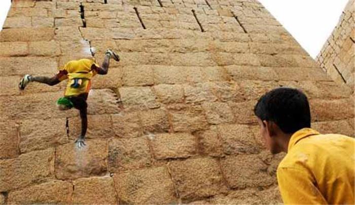 印度出真实版 蜘蛛侠 Jyothi Raj
