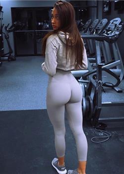 欧美人体模特Amber Gianna丰满大肥臀性感写真