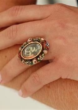 毕加索戒指将拍卖 背后的爱情故事令人感动
