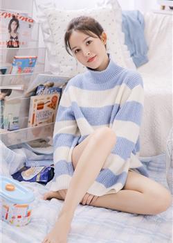 身材苗条的甜美女孩长腿修长白嫩气质完美个性写真