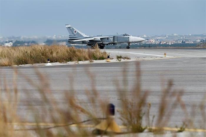 驻叙俄军最新基地照曝光 S400拱卫