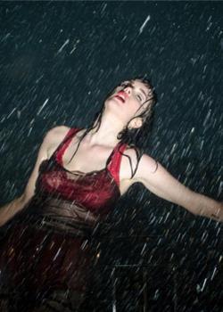 外国美女前凸后翘s型曲线湿身诱惑销魂大胆写真图片