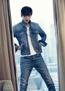 朴海镇高俊熙牛仔裤品牌卡文克莱写真