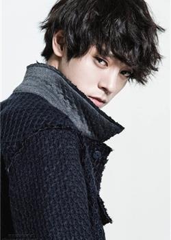 韩国摇滚歌手郑俊英服装品牌秋季写真